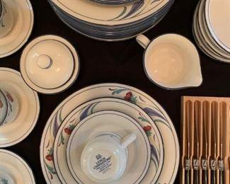 Lenox, Chinastone Dinnerware, Poppies on Blue