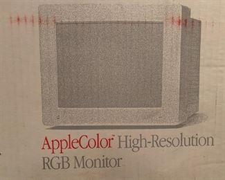 Applecolor High Resolution RGB Monitor