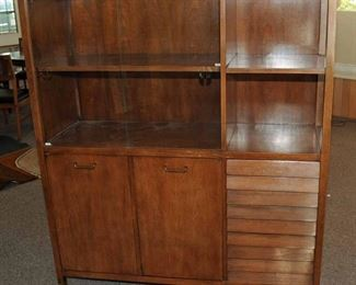 MID-CENTURY MODERN CABINET/CREDENZA DESIGNED BY MERTON GERSHUN FOR AMERICAN OF MARTINSVILLE