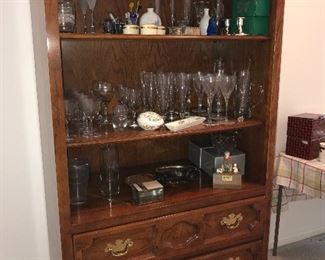assorted glassware and smalls