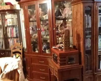 300 COLLECTIONS OF COLLECTIBLES ANTIQUES