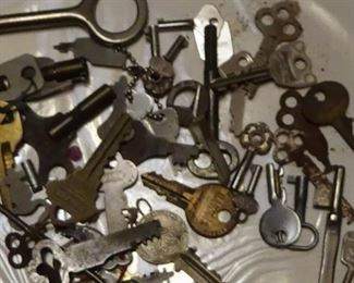 1800S KEY COLLECTION