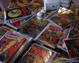 20,000 COMICS MARVEL AND DC