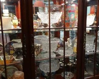 TONS CRYSTAL, PERFUME BOTTLES, FIGURINES
