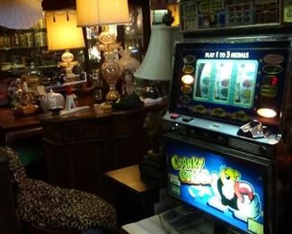 SLOT MACHINES, 50,000 PIECES CASINO STUFF
