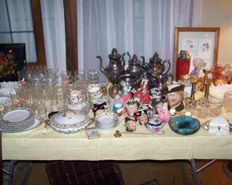 PARTIAL HAVILAND SET, CLEAR STEMWARE, ROYAL DOULTON FIGURINES, LENOX & MISC.