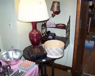 CRANBERRY TABLE LAMP, 1930s TWISTED-LEG TABLE, MAHOGANY WALL SHELF & MORE