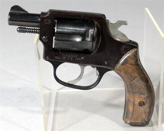 Titanic .32 S&W Long 5-Shot Revolver SN# A84998 In Original Box