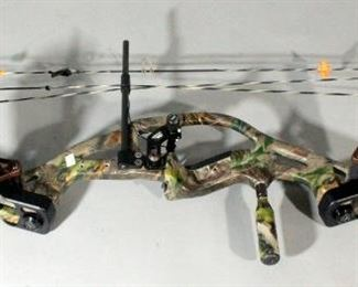 Hoyt ZR200 Compound Bow With Quiver, Left-Handed