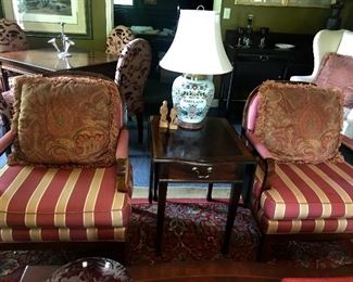 A pair of newer chairs flank a very Pembroke table. Great old Maryland jug lamp