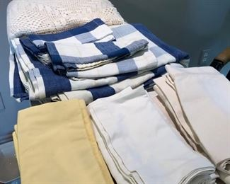 pottery barn and williams sonoma table linens and napkins