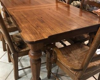 Farm house dining table with 2 leaves