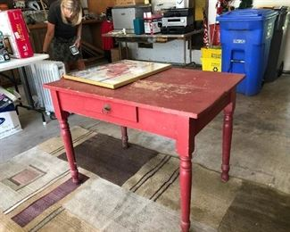 Garage:  Shabby-Chic Red Table