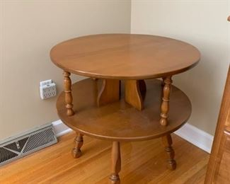 #7Solid Maple Round End Table w/1 shelf  26x26 $75.00