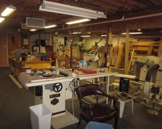 UNBELIEVABLE WORKSHOP/MAN CAVE