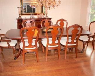 Quality Dining Room Suite with Table, Eight Chairs, Credenza and China Closet, All In Great Condition, Like New!