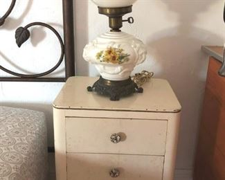 Vintage end table in original condition with Gone with The Wind lamp.