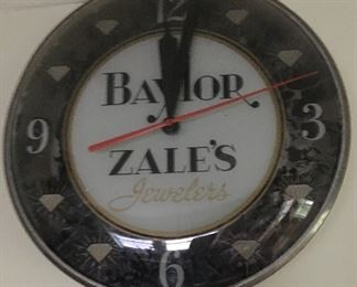 JUST A LITTLE TASTE OF THE VINTAGE ADVERTISING CLOCKS AT THIS SALE!