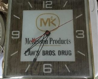 ANOTHER GREAT VINTAGE ADVERTISING CLOCK