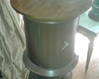 Small drum table