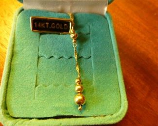 Eterna Gold 14K Necklace