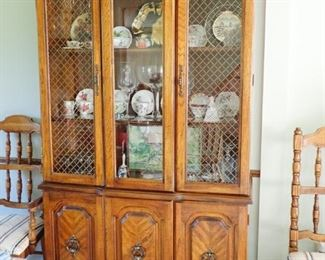 HUTCH WITH MATCHING TABLE AND CHAIRS