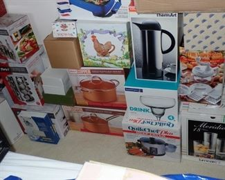 THERE IS A LOT OF NEW IN THE BOX ITEMS - GREAT SELECTION