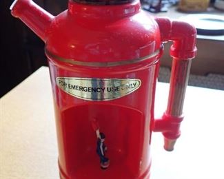 FIRE EXTINGUISHER / MUSICAL PITCHER