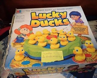 VINTAGE GAMES & TOYS  - LUCKY DUCKS