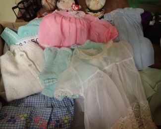 VINTAGE BABY / DOLL CLOTHES