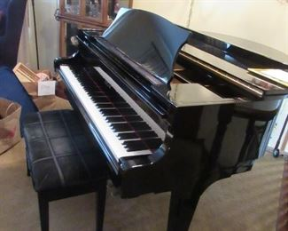 SOJIN GRAND PIANO, BUILT IN 9.29.87 ORIGINAL OWNERS, SERIAL NUMBER G016981 AVAILABLE PRE SALE ASKING $2,500.00  CONTACT JEANETTE AT 224.578.1846
