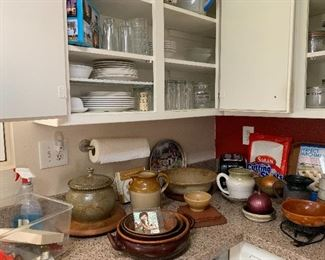 ceramic kitchen ware