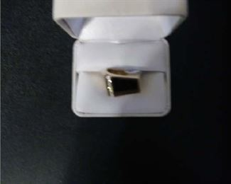 14K MENS RING WITH DIAMONDS