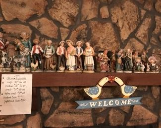 Old man and women figurines