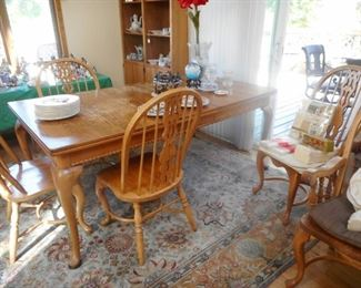 Just Oak Furniture in Libertyville Il. Dining Table with 2 Arm ,4 Side Chairs