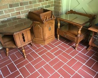 Tell City Furniture end tables, immaculate condition with glass to go on top.
