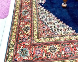 Exceptional large wall rug exceptional condition