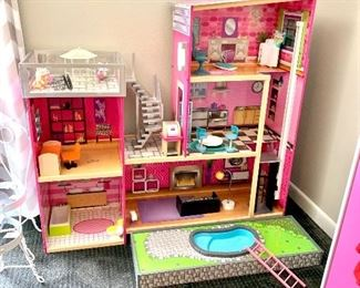 Modern doll house  Wow! Perfect condition