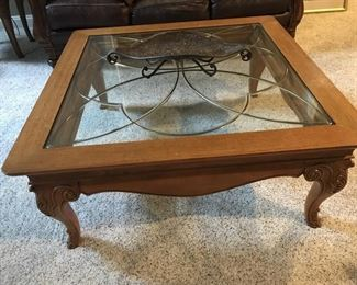 Thomasville coffee table with leaded inlay glass