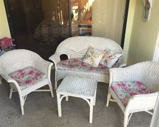 White wicker patio furniture, additional table available-in excellent condition