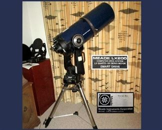Powerful 2500mm Meade LX200 Telescope with Meade Stand