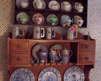 Tea Cups, Yale Plates
