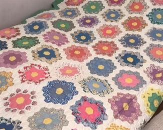 Handsewn Grandmother's Garden Quilt         https://ctbids.com/#!/description/share/178824