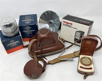 Vintage Agfa Camera and Accessories      https://ctbids.com/#!/description/share/178925