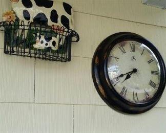 tbs cow tin basket