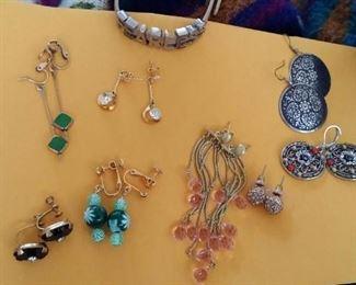 tbs more earrings