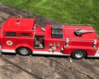 Vintage Texaco Fire Chief Truck Toy     https://ctbids.com/#!/description/share/178964