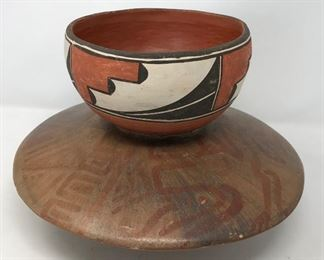 Southwest Pottery 2     https://ctbids.com/#!/description/share/178969