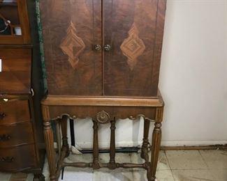 Antique Wood Storage Cabinet https://ctbids.com/#!/description/share/179004