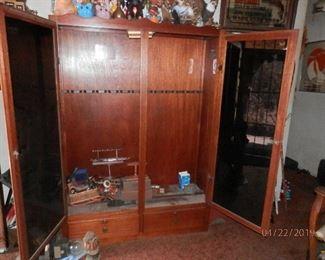 gun cabinet open doors